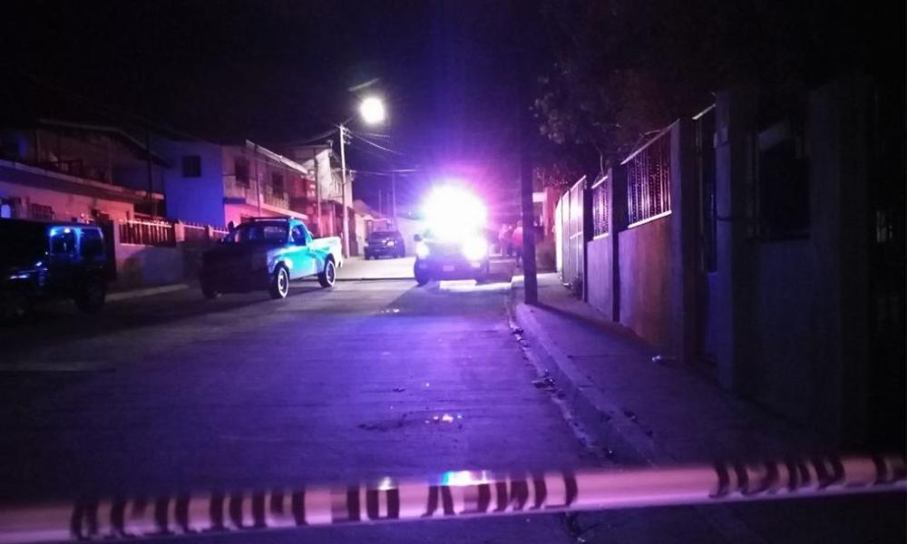 Asesinan a niña de 4 años en brazos de su mamá en Tijuana