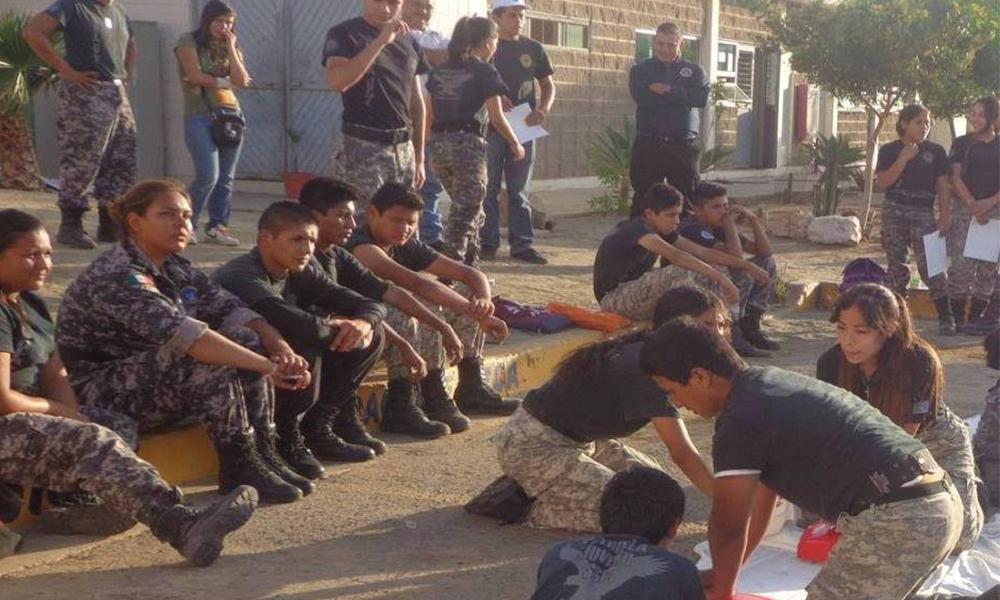 Patrulla Juvenil de Baja California refuerza conocimientos en primeros auxilios