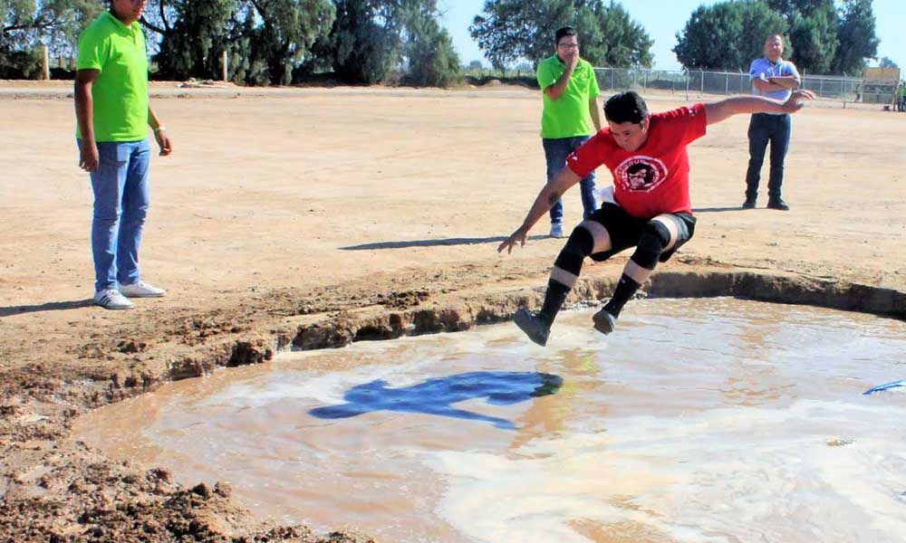 """Realizaron la carrera con obstáculos de 5 kilómetros """"Agrorun 2018"""" en Mexicali"""