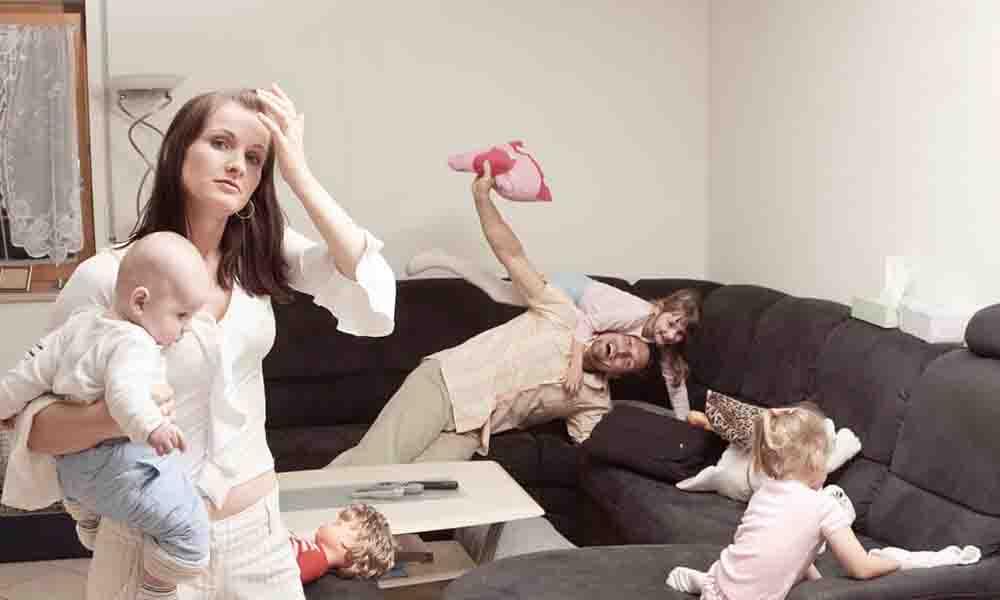 Cuidar de los hijos es más cansado que cualquier trabajo: La ciencia