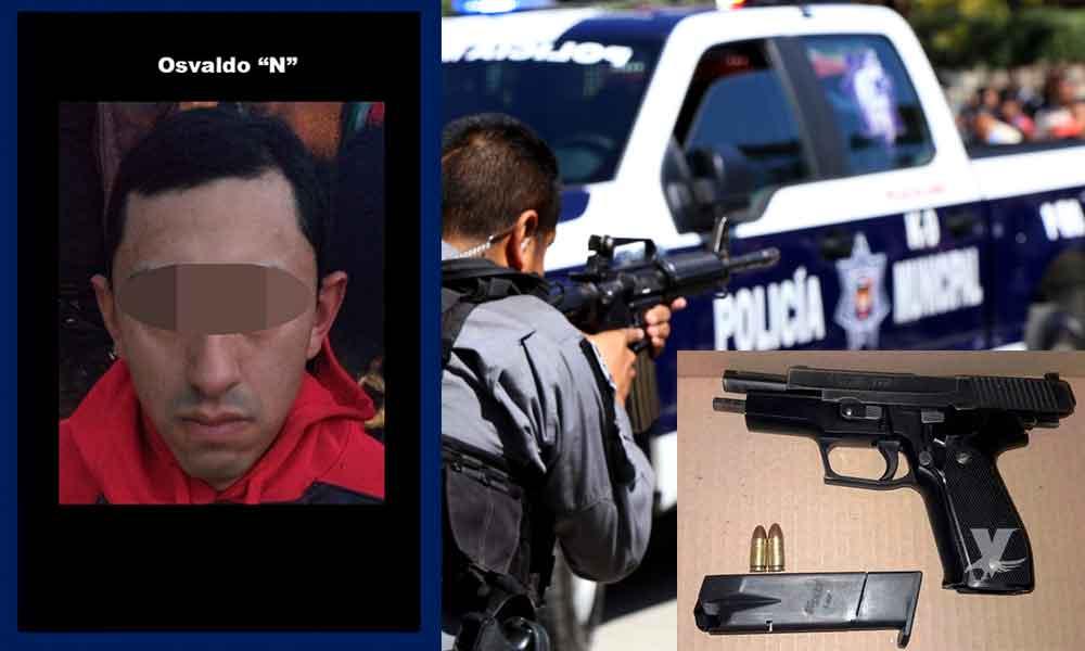 Portaba pistola escuadra 9mm; fue detenido por elementos de la Policía Municipal