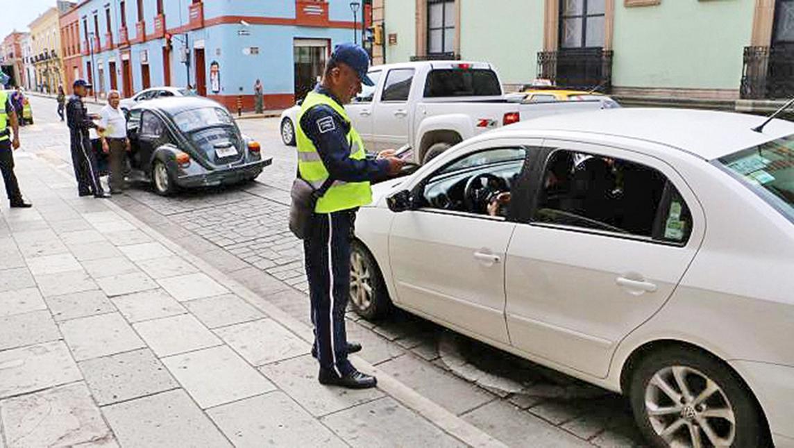 Policías Municipales de Tijuana cobraran multas por medio de tablets