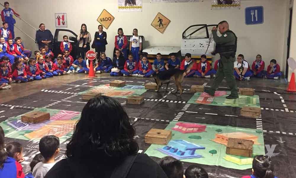 Conviven 132 niños con agentes de la Policía Municipal