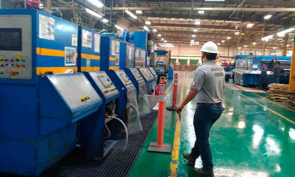 Supervisa PROFEPA retiro de residuos peligrosos en la empresa Sinil Industry en Tijuana Baja California