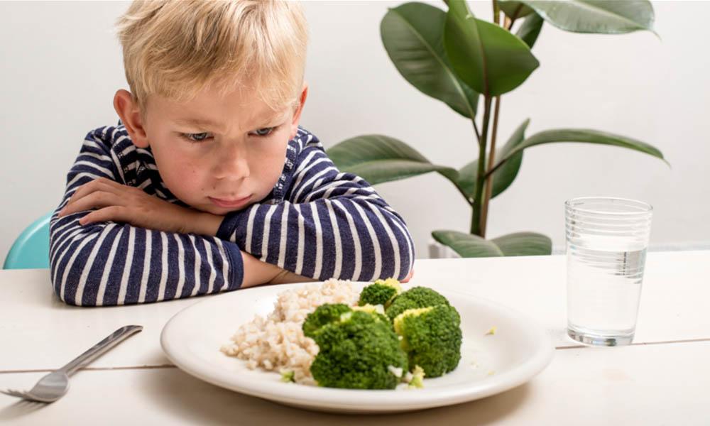 Entérate qué hacer si tu niño no quiere comer