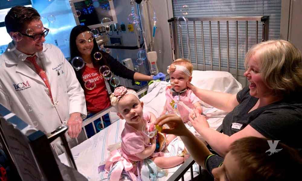 Siamesas separadas en el hospital, son dadas de alta