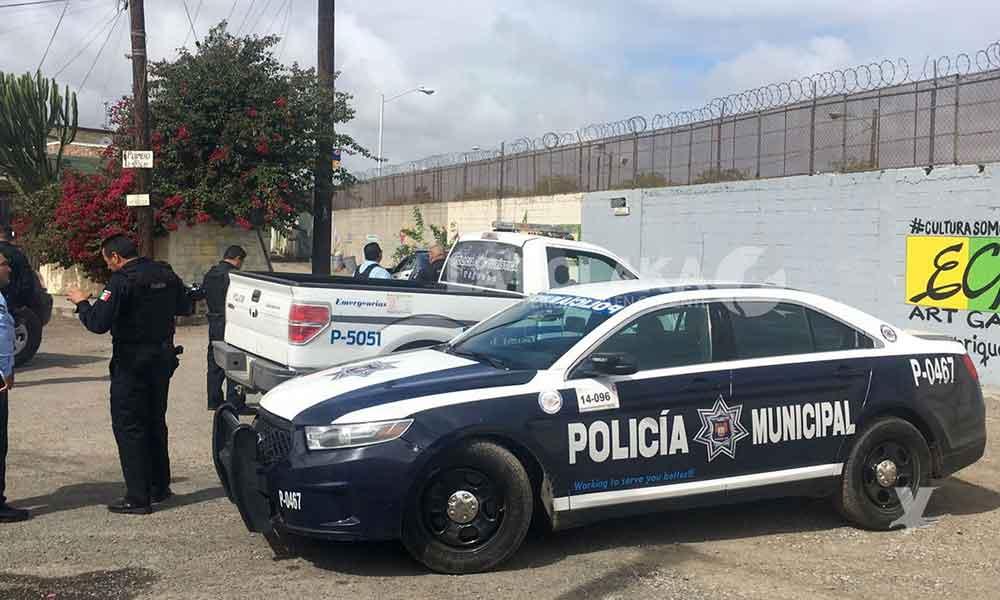 "Incautan 50 libras de ""cristal"" y un fusil de asalto en Tijuana"