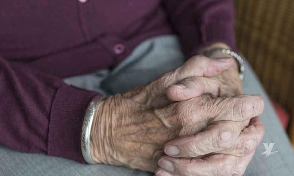 Anciana es asesinada a golpes; sospechan de su nieto adicto