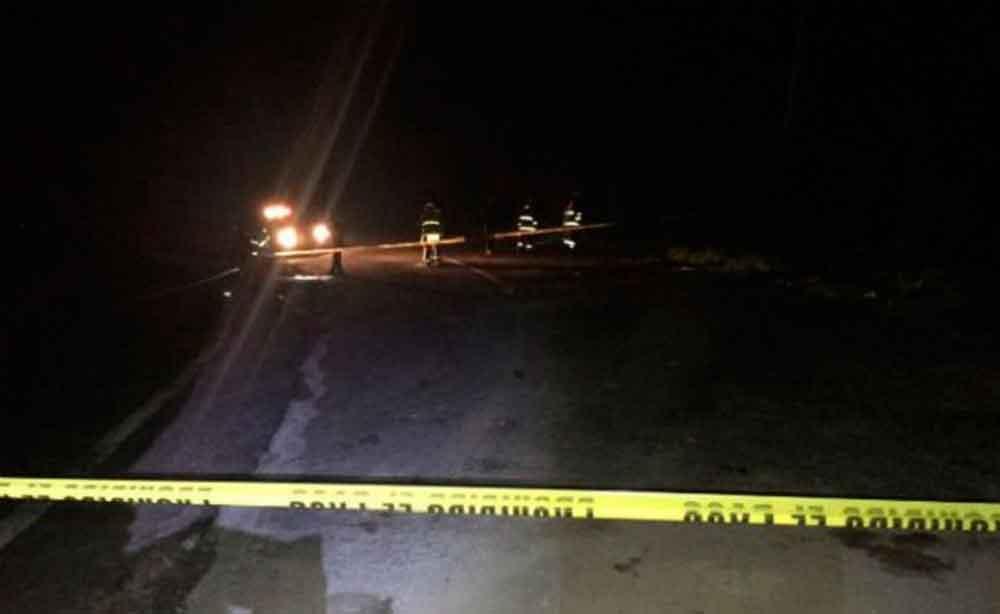 Localizan cadáver de mujer en terreno baldío en Ensenada