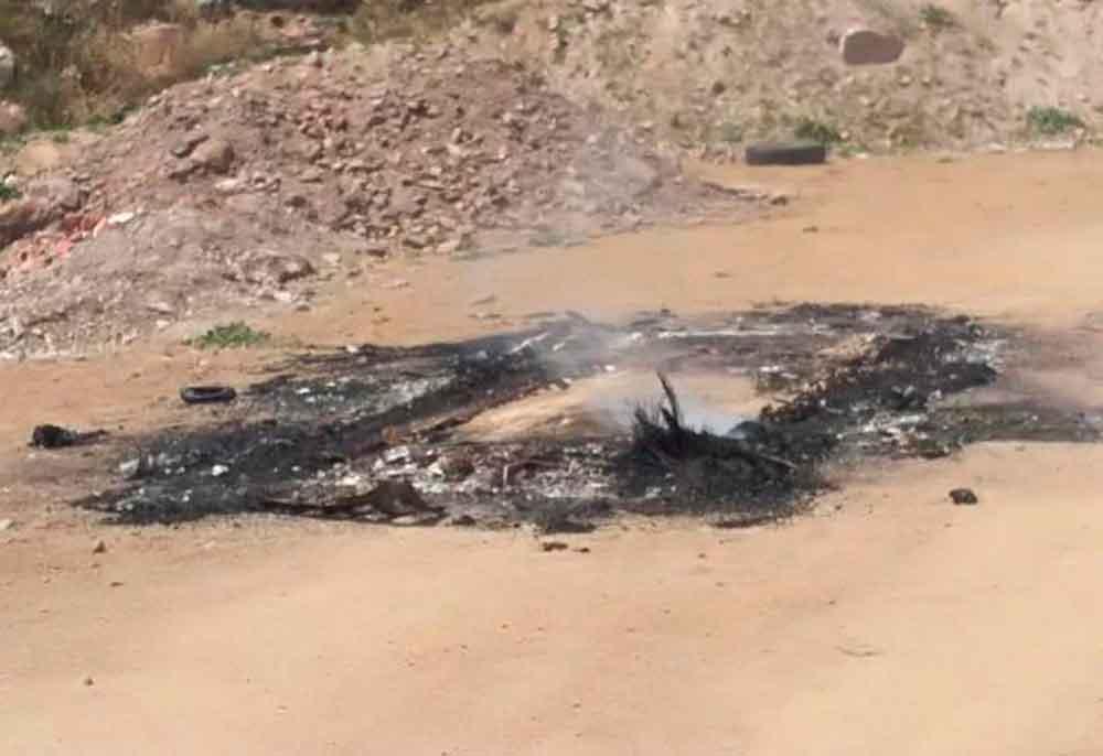 Localizan cadáver dentro de un vehículo quemado en bulevar 2000