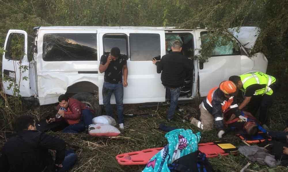Agrupación Miguel y Miguel sufre fuerte accidente en carretera