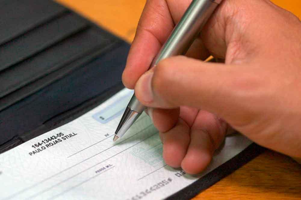 ¿Tu familiar falleció y fuiste beneficiario de su cuenta bancaria? Esto tienes que hacer