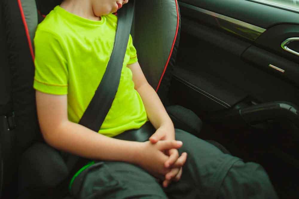 Capturan a adolescente tras robar un vehículo con dos niños a bordo en San Diego