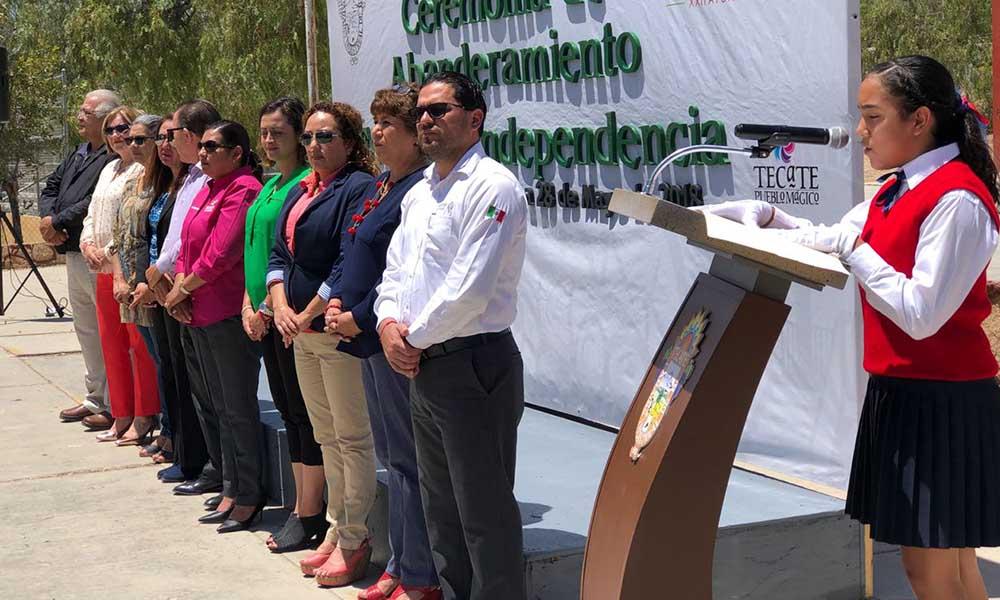 Abanderan a Escolta de Primaria Independencia en Tecate