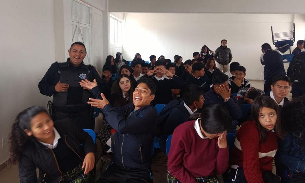 """Capacitan a 245 estudiantes sobre """"bullying"""" en Tijuana"""