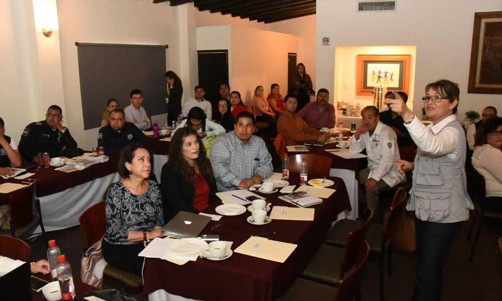 Capacitan en materia de salud a personal del Ayuntamiento de Ensenada