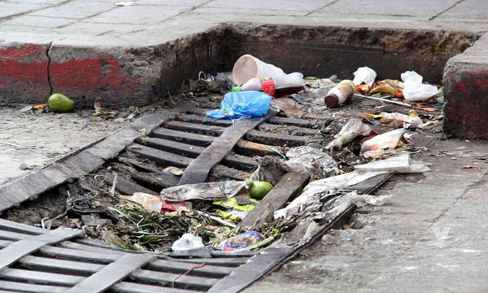 En mayo se comenzará con las multas ecológicas; por tirar basura en vía pública