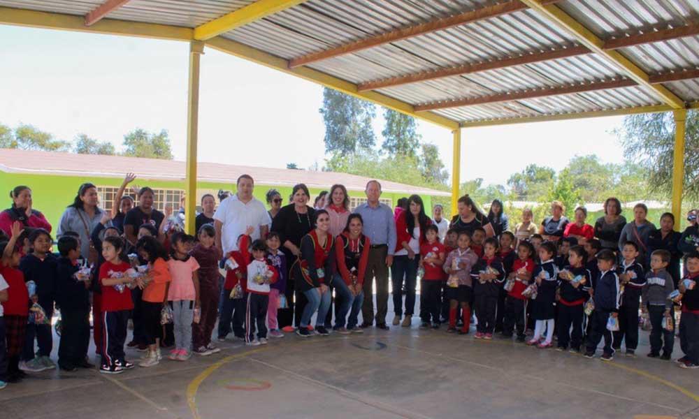 Niñas y niños se divierten en Feria de Valores en Tecate