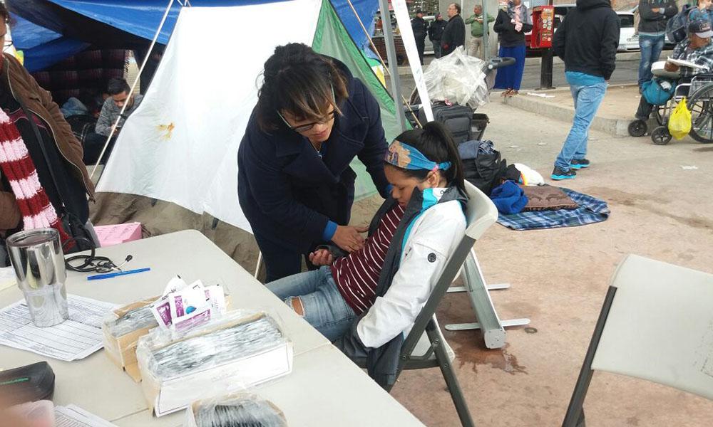 Reiteran llamado a migrantes a utilizar los albergues en Tijuana