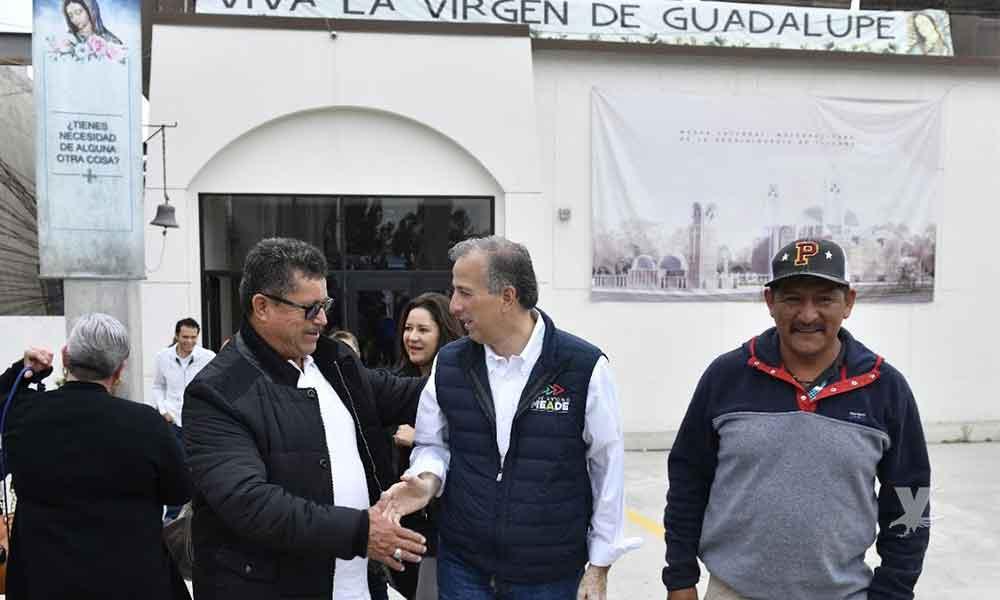 Previo al debate, Meade asiste a misa en Tijuana