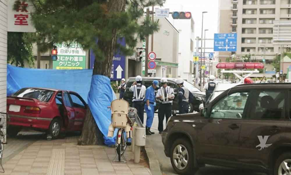 Anciana de 90 años atropella a peatones; un muerto y varios heridos
