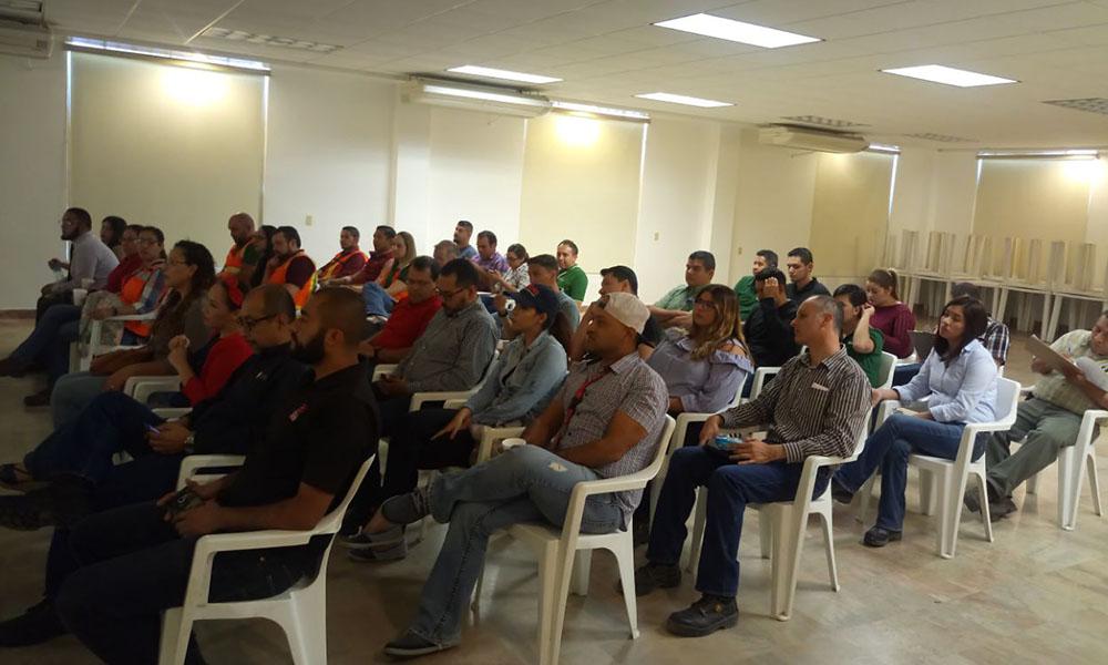 Capacitan empleados de Cerveceria sobre acoso laboral en Tecate