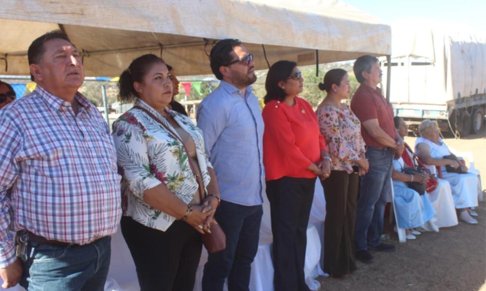 Celebran 39 aniversario de fundación de la Nueva Colonia Hindú (Cerro Azul) en Tecate
