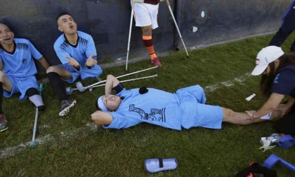 Para jugar al futbol no existen discapacidades y para muestra estos jóvenes deportistas