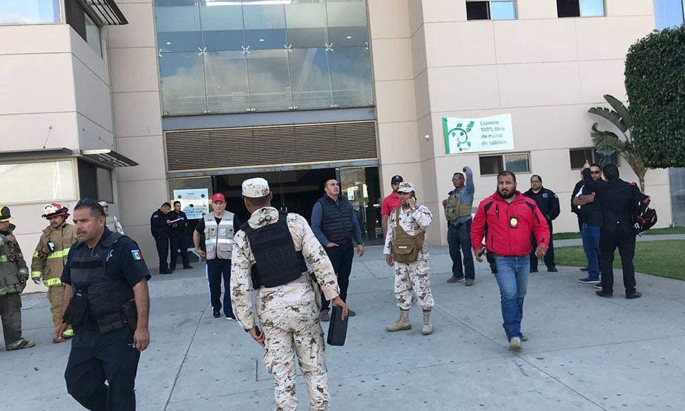 Evacuan Palacio Municipal tras amenaza de bomba en Ensenada