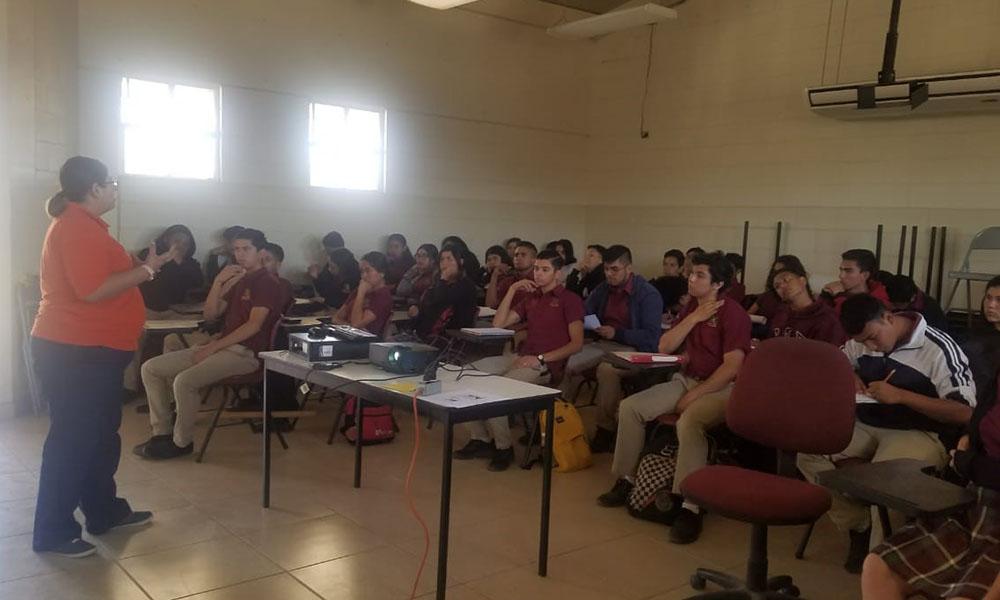 imparten taller para erradicar la violencia en el noviazgo en Tecate