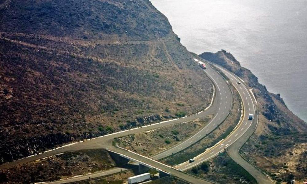 Mantienen reunión de seguimiento a proyectos carreteros en Ensenada