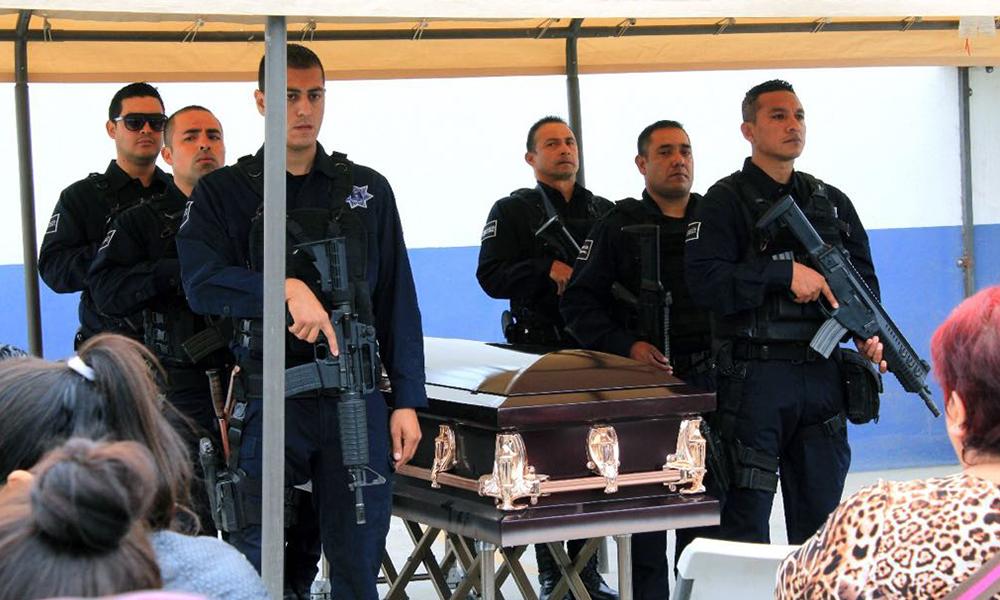 Despiden con honores al Oficial Jonathan Arámbula Gutiérrez en Playas de Rosarito