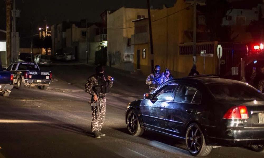 Arrestan a ocho sujetos tras incautarles armamento en Tijuana