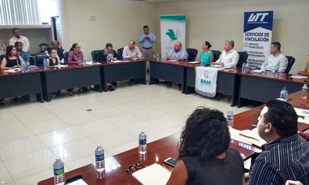 Capacitan a inspectores del trabajo para prevenir la trata de personas en Tijuana