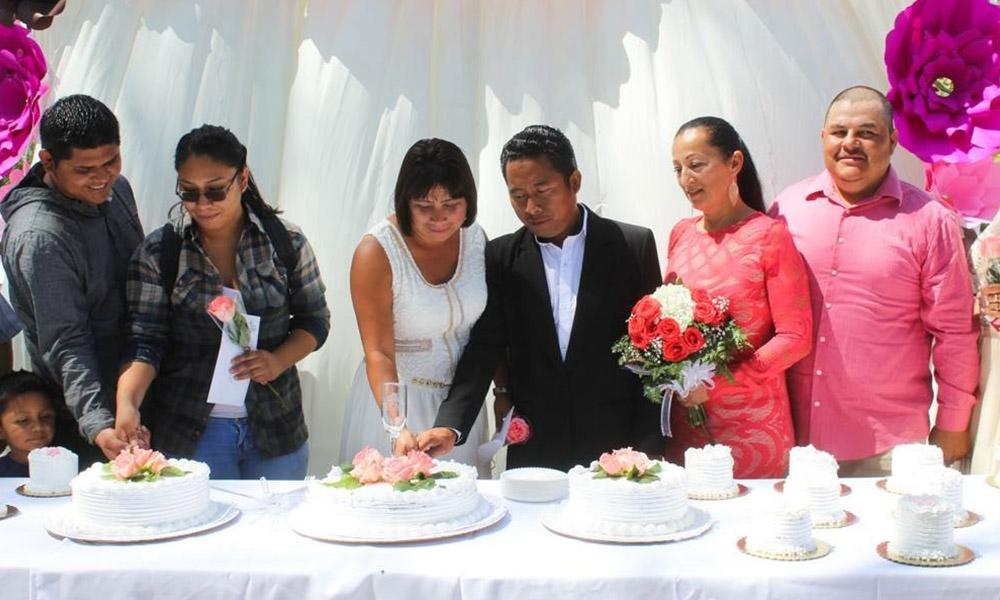 Dan certeza jurídica a tecatenses en Matrimonios y Registros Colectivos en Tecate