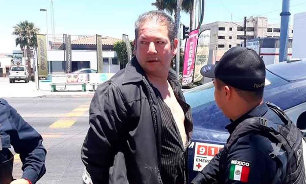 Sujeto es arrestado por masturbarse frente a una joven adentro de un taxi en Tijuana