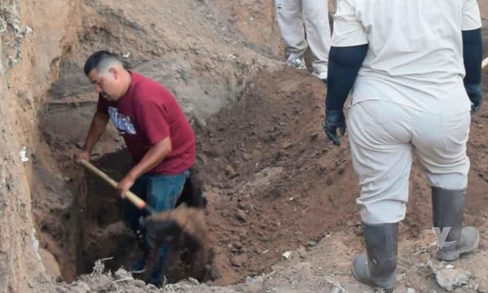 Exhuman cadáver que había sido enterrado en Sindicatura Municipal de Ensenada
