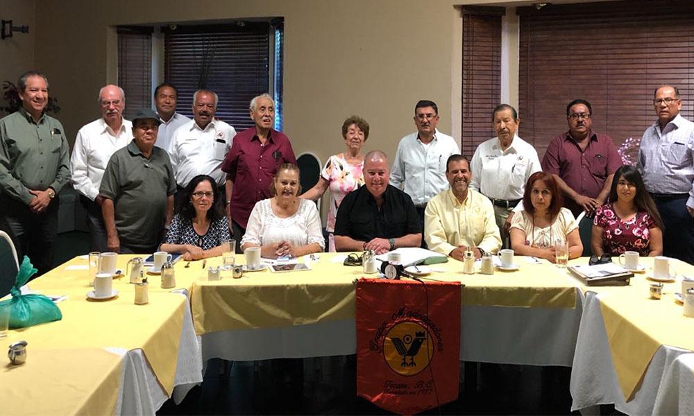 Expone director de Seguridad Ciudadana ante Grupo Madrugadores en Tecate