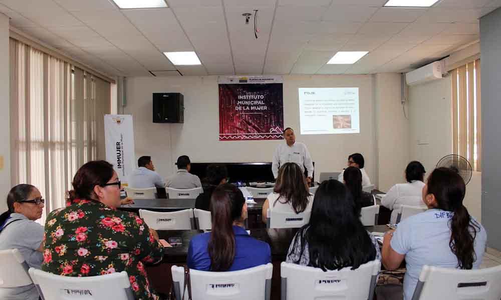 Imparten capacitación para fomentar denuncias contra delitos sexuales en Ensenada