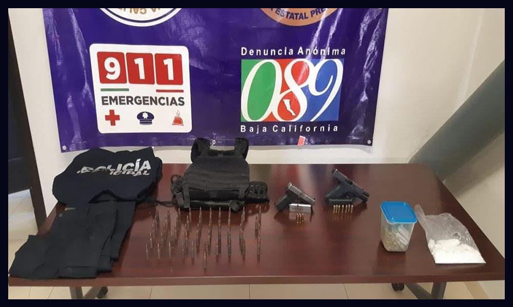 Incautan armas de fuego,drogas, uniformes de policía en colonia Altiplano de Tijuana
