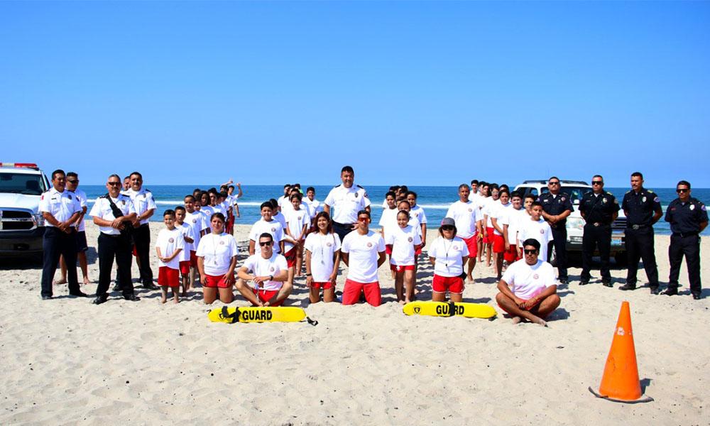 """Inician Bomberos campamento de verano """"Salva vidas Jr"""" en Playa de Rosarito"""