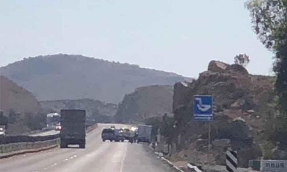 Intentan de asaltar a camioneta de valores en carretera de cuota Tijuana-Tecate