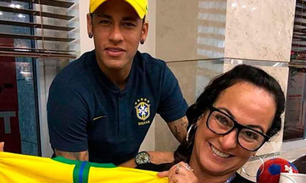 Madre de Neymar salió en defensa de su hijo, criticado por perder tiempo en el Mundial