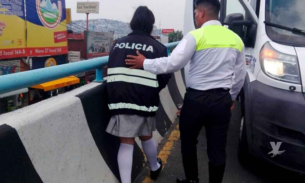 Niña intenta arrojarse a la carretera, estaba cansada de que su hermano y padrastro abusaran de ella
