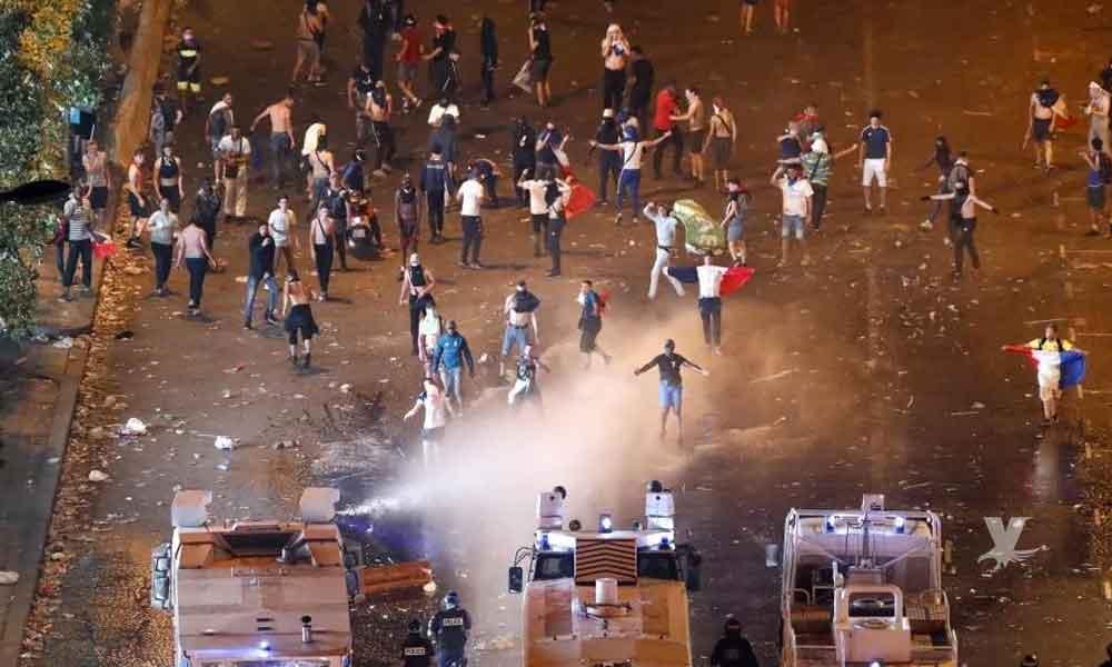 (VIDEO) 300 detenidos y 2 muertos es el saldo de los festejos en Francia