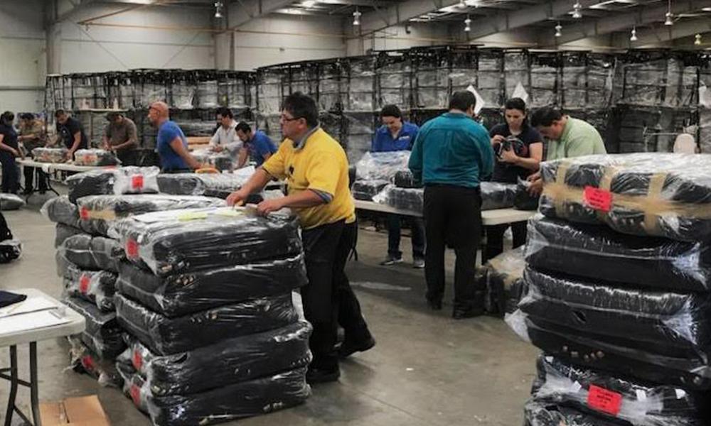 Preparan entrega de uniformes de educación básica ciclo 2018-21019 en Tijuana