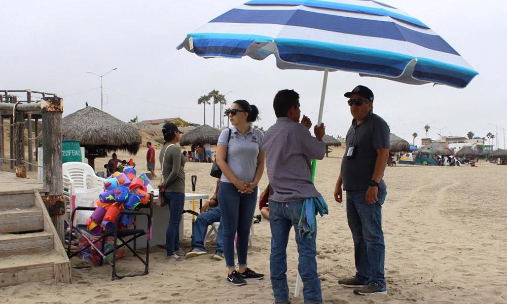 Realiza Departamento de Alcoholes y Comercio recorrido en Playa Hermosa