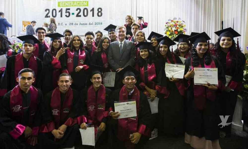 (VIDEO) 12 estudiantes de la primera generación de alumnos sordos egresada de Conalep buscarán un espacio para estudiar en UTT y UABC