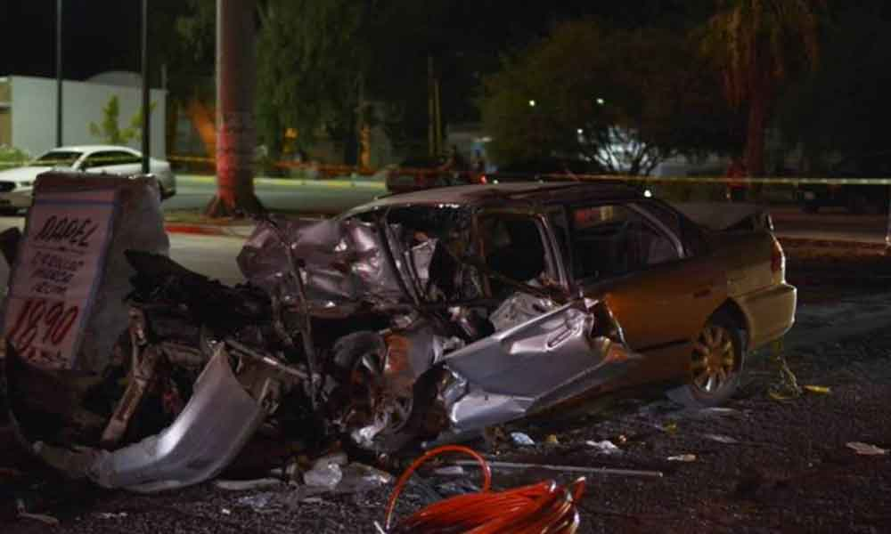 ¡Tragedia! Mujer muere al quedar prensada tras fuerte choque en Mexicali