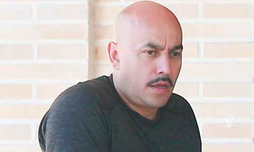(VIDEO) Lupillo Rivera amenaza con golpear a un paparazzi